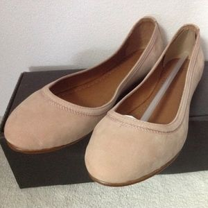 NEW FRYE 71255 Women's Ballet Flat Blush size 5.5M